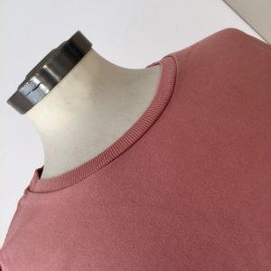 Altrosa kurzer oversize Pullover