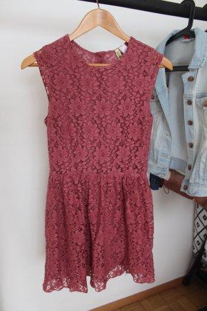 H&M Kanten jurk roze