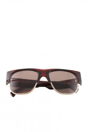 AM Gafas Retro marrón look casual