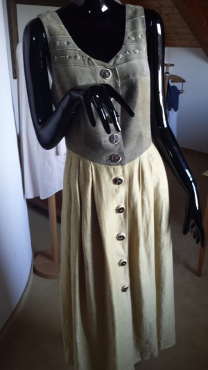 Dirndl giallo scuro