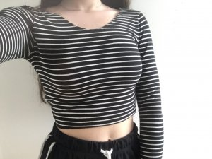 American Apparel Longsleeve Cropped Top