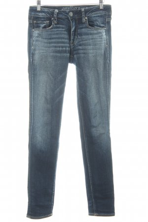 American Eagle Outfitters Hüftjeans dunkelblau Street-Fashion-Look