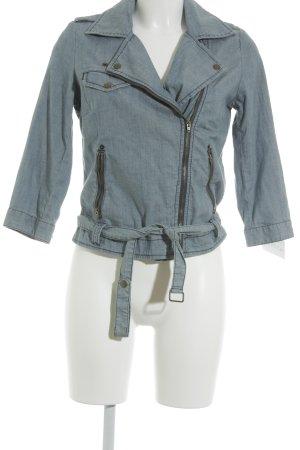 American Eagle Outfitters Kurzjacke blau Street-Fashion-Look