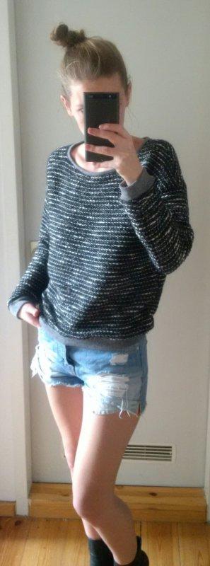 Amisu grob gestrickter Pullover mit Silberfäden Größe L, fällt aus wie M