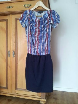 Amisu Kleid Gr. 36 mit Wasserfallausschnitt