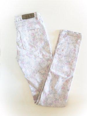 Amisu Rose Print Blogger Jeans Größe 34