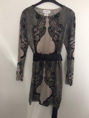 Amy Vermont Vestido negro-gris