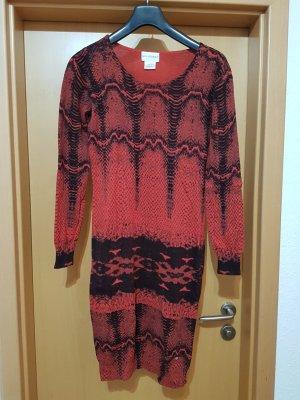 Amy Vermont rot schwarzes Kleid Strickkleid mit Lammwolle Winter warm Gr. 38