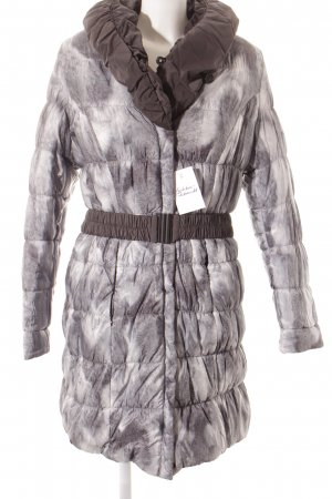 Amy Vermont Wendejacke Animalmuster Street-Fashion-Look