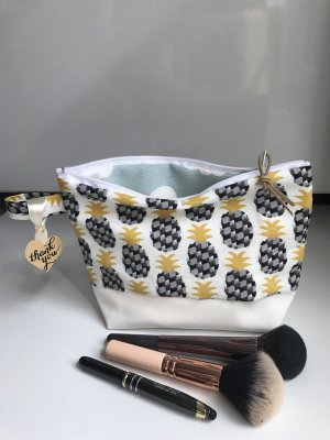 Ananas Wolken Tasche Reisetasche Backpack Trend Kosmetik Kulturtasche Neu