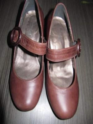 Andrea Conti - Damenpumps - Ballerinaform - Mittelbraunes hochwertiges Lederimitat - Abs. 7cm