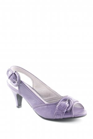 Andrea Conti Strapped pumps purple casual look