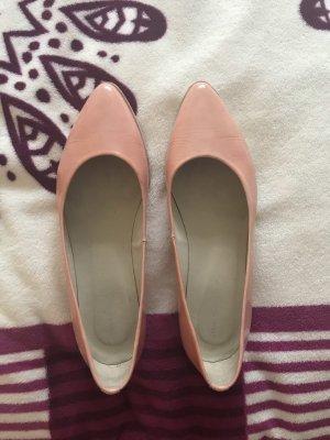 Andrea Manueli Patent Leather Ballerinas apricot