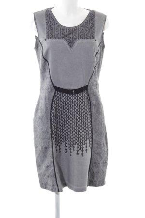Angels Never Die Robe fourreau gris clair-noir motif graphique