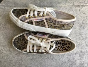 Angesagte Superga Sneaker Leoprint