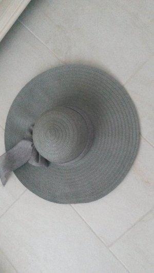 Chapeau de soleil gris