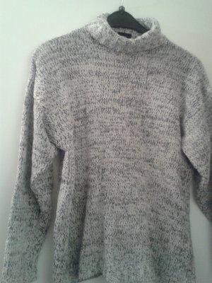 angesagter schöner warmer weicher Pullover Rollkragen - für kalte Tage - Gr. M