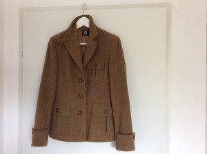 Angesagter Wollblazer im Brit-Style von Madeleine