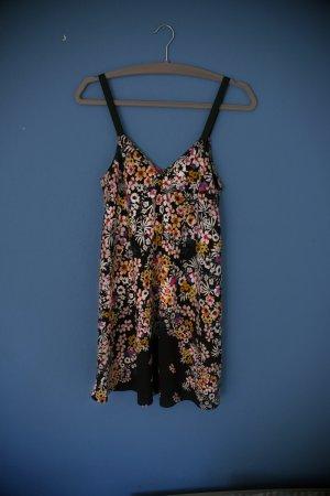 Angesagtes Slip Dress von Zara in schwarz mit Blumen