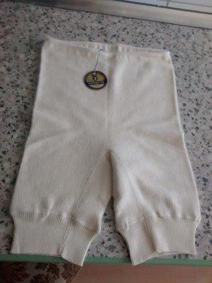 Bottom white-natural white