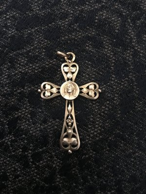 Pendant gold-colored
