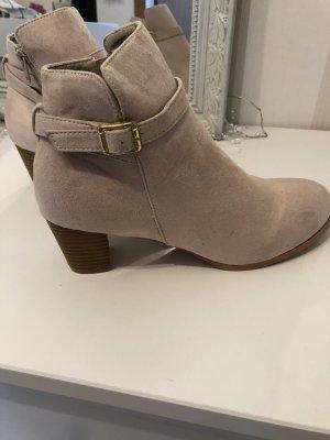 Low boot beige fibre synthétique