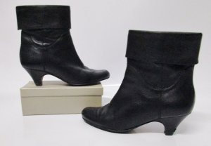 Buffalo London Slouch Booties black leather