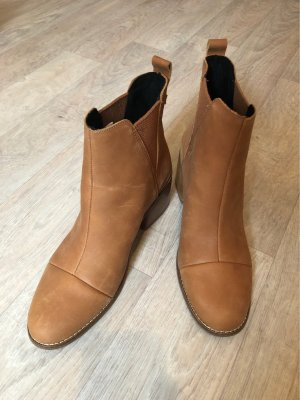 Toms Low boot chameau