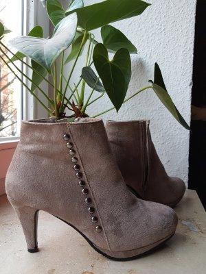 Ankle Boots * Grau * mit Nieten * 39