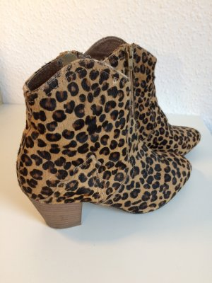 Ankle Boots in Leoprint / Ponyfell