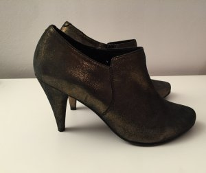 Ankle Boots in Metallic Optik