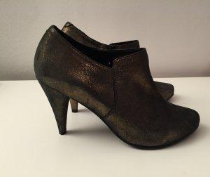 Ankle Boots in Metallic Optik