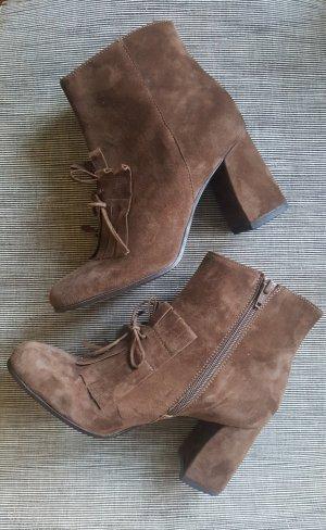 Zipper Booties brown