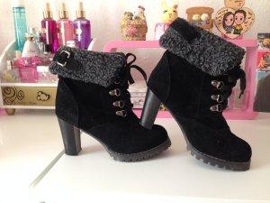 ankle boots mit absatz schwarz