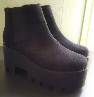 Ankle Boots Plateau Gr. 39 Schwarz #181
