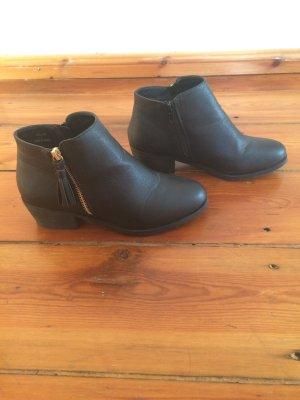 Ankle Boots schwarz Gr. 38