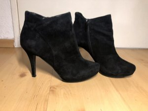 Ankle Boots, schwarz, Wildleder, Absatz, Gr. 41, Laura
