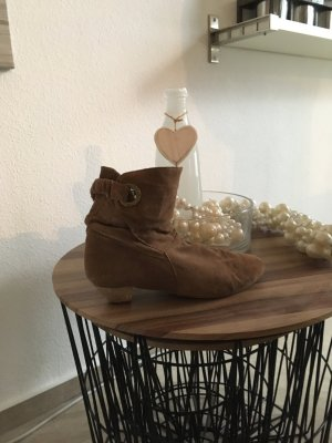 Ankle Boots / Stiefeletten/ Chelsea Boots 38