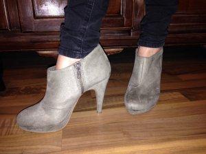 Ankle Boots - Stiefeletten - Plateau - Wildlederoptik