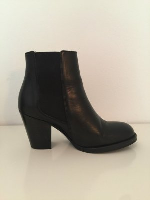 Low boot noir cuir