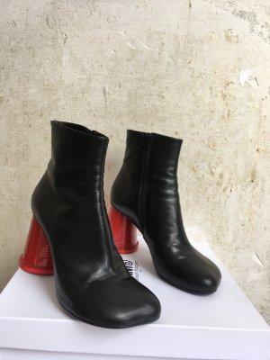 Ankle Boots von Maison Margiela mit Becher-Absatz