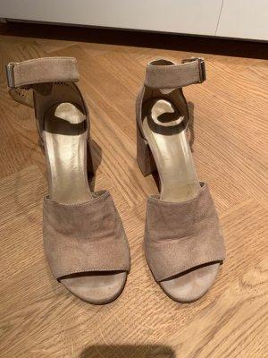 Ankle Strap Sandalen von Stuart Weitzman