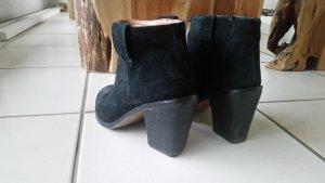 Ankleboots / Stiefeletten aus Leder (Wildleder) in schwarz Damen Größe 39