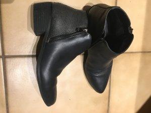 Ankleboots/ Stiefeletten/schwarz/ Gr. 37