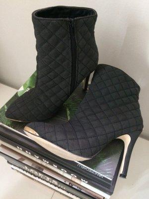 Ankleboots von SILVIAN HEACH - 1x getragen, wie neu, tolle Steppung Gr. 39