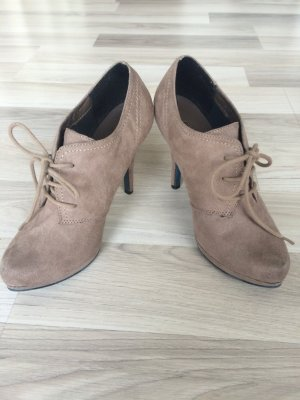 Ankles in taupe / schlammfarbene