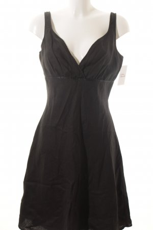 Ann LLewellyn Trägerkleid schwarz schlichter Stil