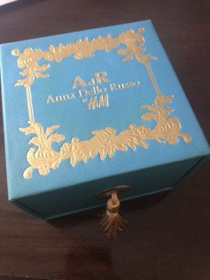 Anna Dello Russo alt H&M Armsprange / Armband