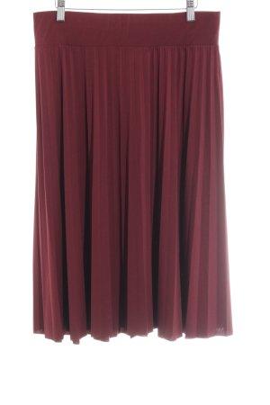 Anna Field Plaid Skirt blackberry-red beach look