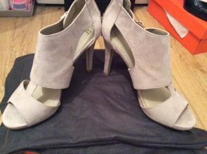Peep Toe Pumps room-beige
